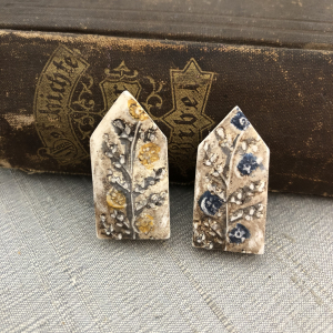 Folk Flowers House Bead