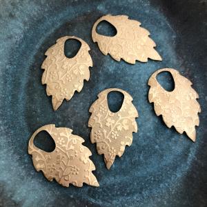 Patterned Leaf - Solid Brass 35 x 22mm