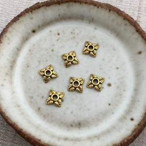 6 Floral Bead Caps - Antique Gold 6mm