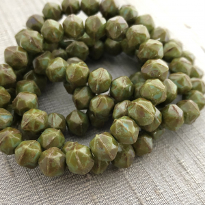 8mm English Cut Olive Green with a Picasso Finish