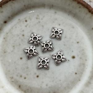 6 Floral Bead Caps - Antique Silver 6mm
