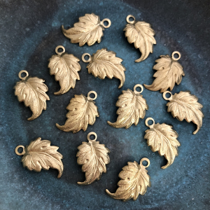 Whimsical Leaf - Solid Brass 21 x 13.5mm